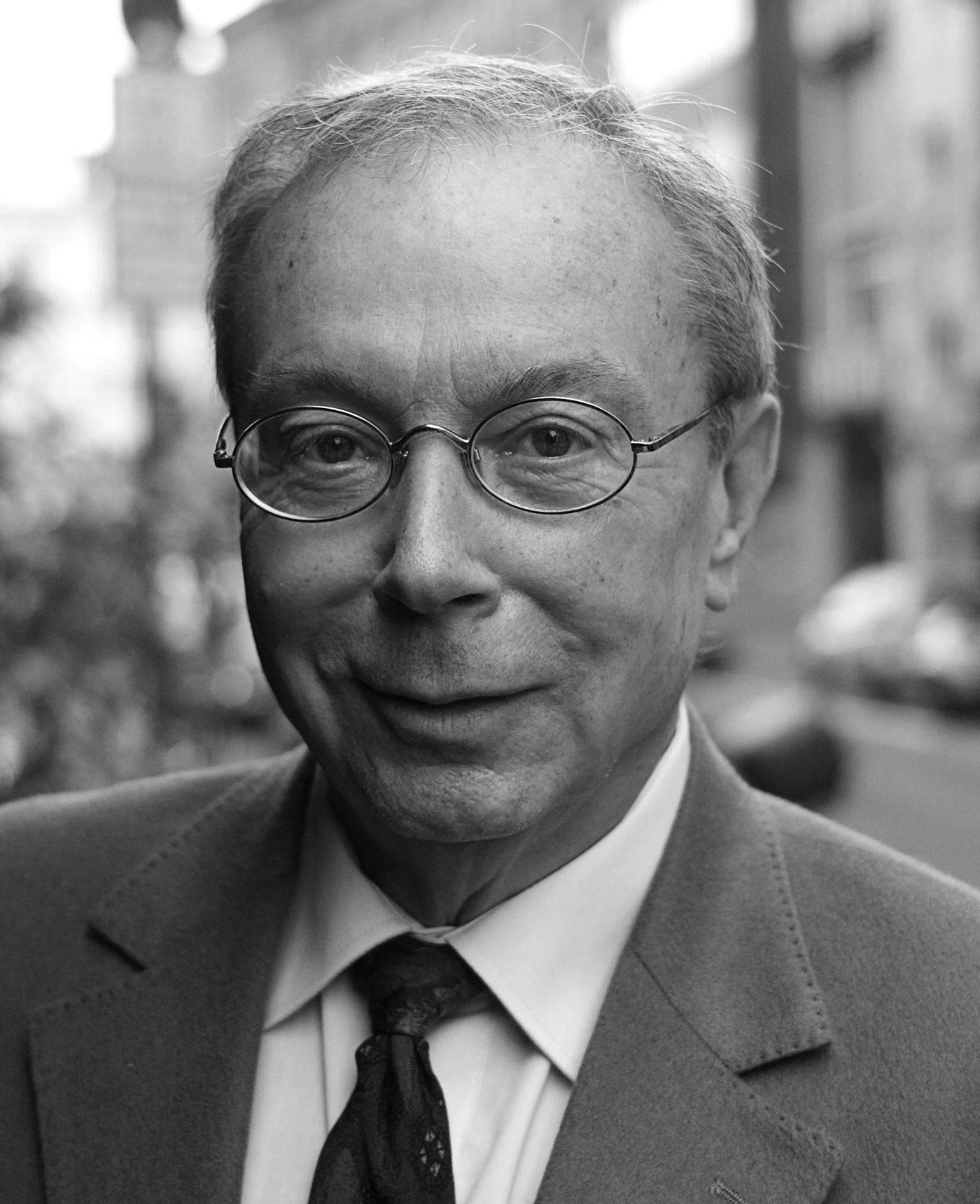 Prof. Peter Gola
